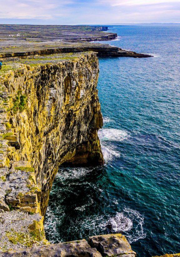 Inis Mor Island (Inishmore)